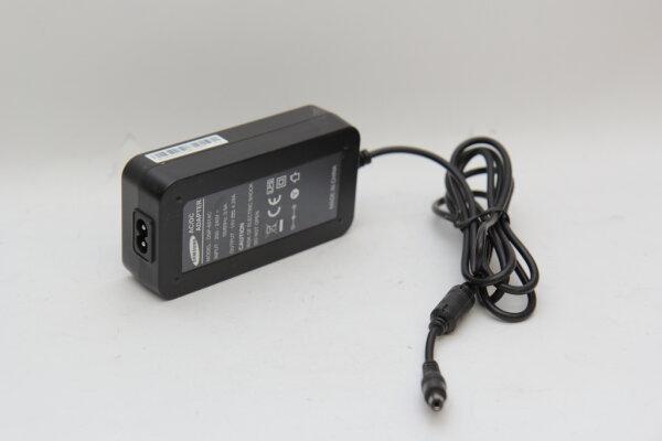 Samsung Original 60 Watt Netzteil 14V 4,29A Stecker 5,5mm/2,9mm DSP-6014C