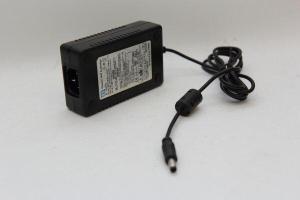 CWT 50 Watt Netzteil 12V 4,16A Stecker 5,5mm/2,5mm PAA050F