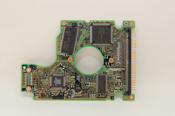 Hitachi HDD PCB Festplattenelektronik 14R9060 Main IC: 08K2769 Motor IC: MS552