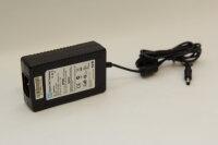 CWT 60 Watt Netzteil 12V 5A Stecker 5,5mm/2,1mm PAA060F