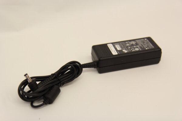 Delta Electronics Inc. 65 Watt Netzteil 19V 3,42A Stecker 5,5mm/2,1mm ADP-65HB BB