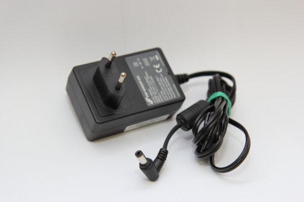 FSP Group Inc. 18 Watt Netzteil 12V 1,5A Stecker 5,5mm/2,5mm FSP018-DEEE1