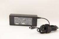 Toshiba Original 60 Watt Netzteil 15V 5A Stecker...