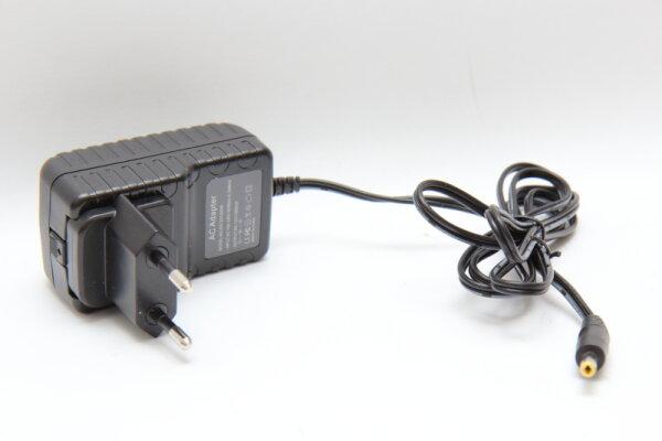 OEM 12 Watt Netzteil 12V 1A Stecker 3,9mm/1,6mm DS1201000W