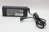 Fujitsu Siemens Original 80 Watt Netzteil 19V 4,22A Stecker 5,5mm/2,5mm PJW1942N SED100P2-19.0 CP293665-01